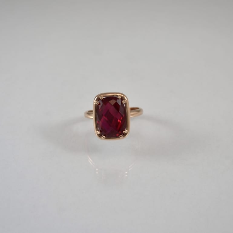 Rose gold ring with ruby