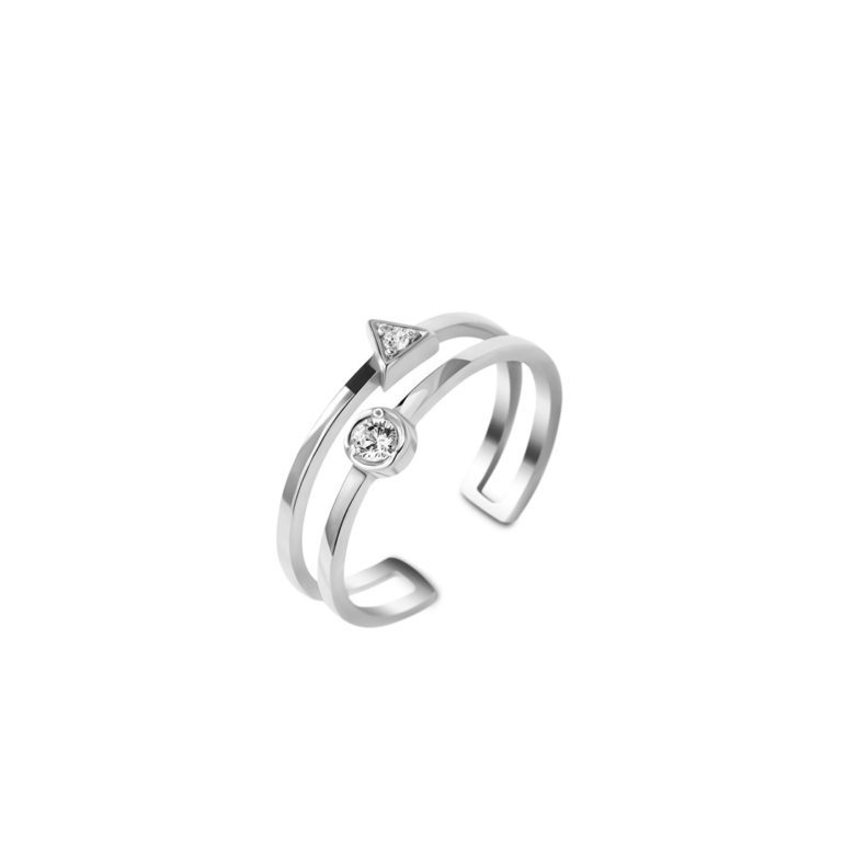 sterling silver ring with fianit